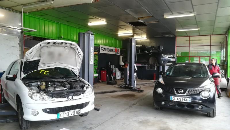 Garage TRUCKS & CARS