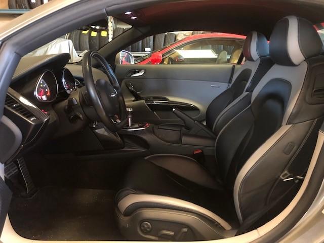 AUDI R 8 COUPE 4.2 V8 FSI 430 CV PACK CARBONE