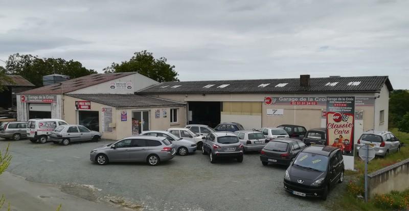 Garage DE LA CROIX